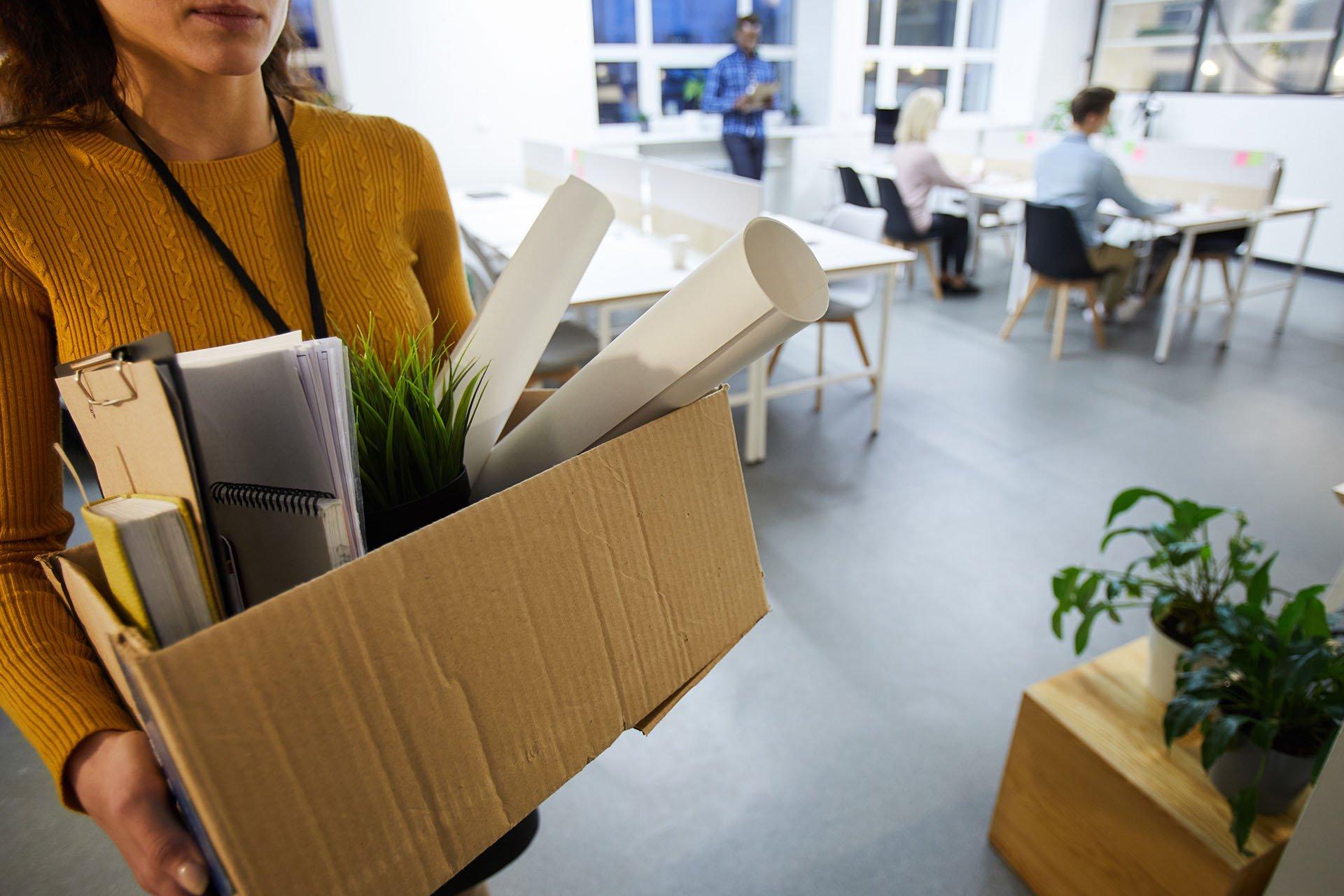 Cessation d'activité Bordeaux : débarrassez vos bureaux, locaux et entrepôts de leurs encombrants.