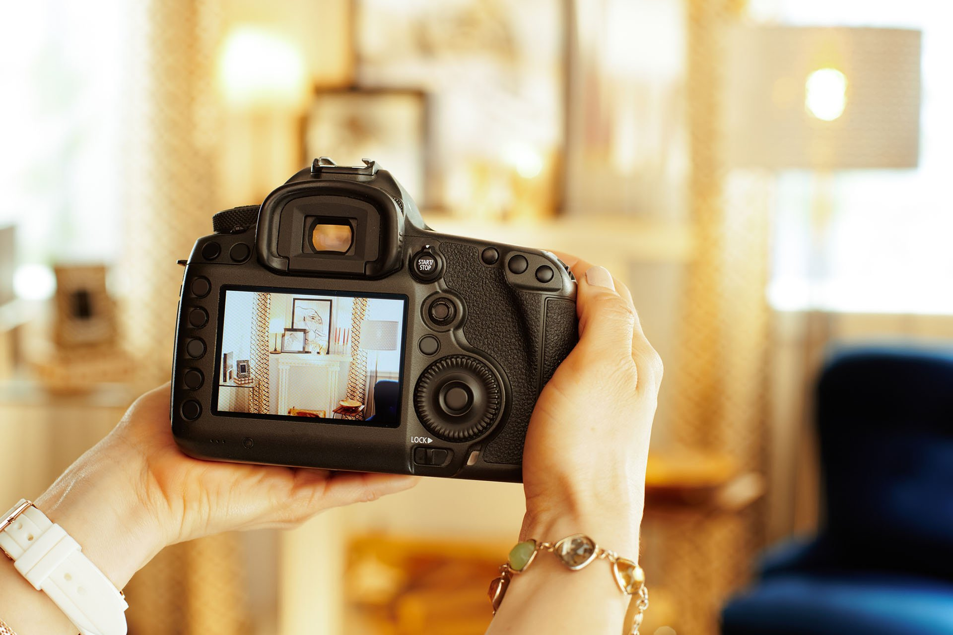 Débarrassez votre maison, vos locaux ou votre appartement de ses encombrants sur Bordeaux, et augmentez vos chances de vente sur JeVide avec nos astuces photo.
